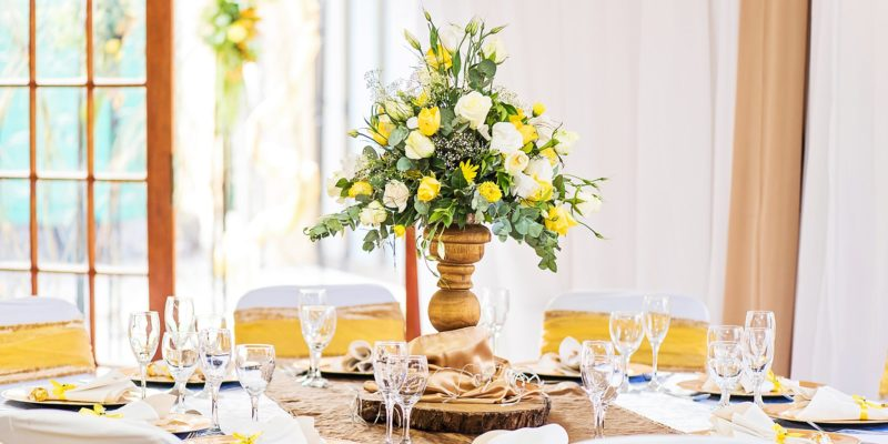 Profcon Resort - Oak, Champagne and Yellow Wedding 3