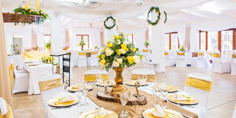 Profcon Resort - Oak, Champagne and Yellow Wedding 1